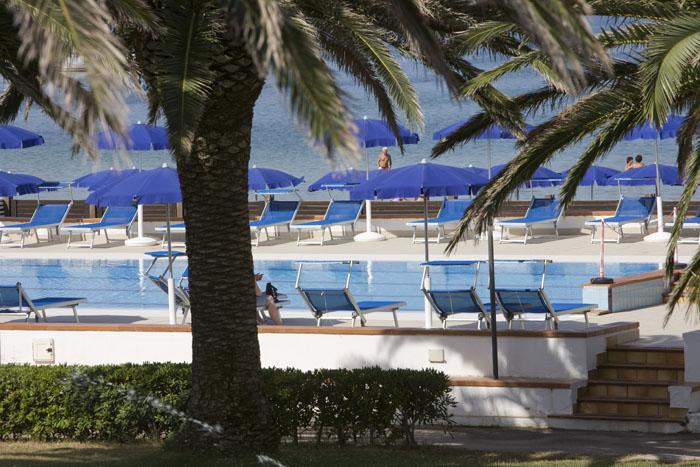hotel porto conte sardaigne