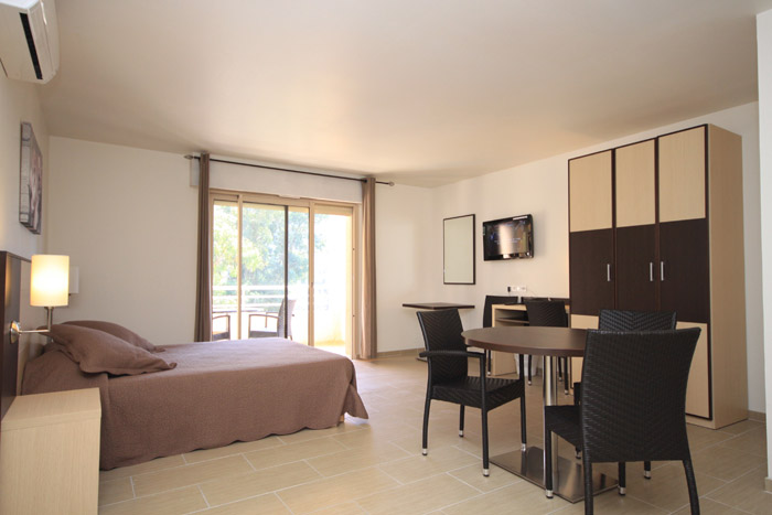 hotel costa rossa
