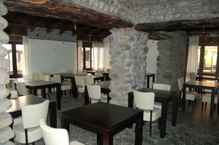 hotel restaurant venaco