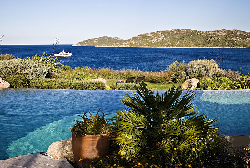 hotel 4 étoiles piscine corse