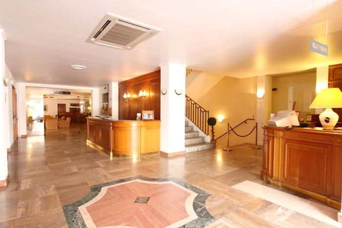 grand hotel calvi