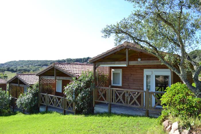 hotel maora village bonifacio