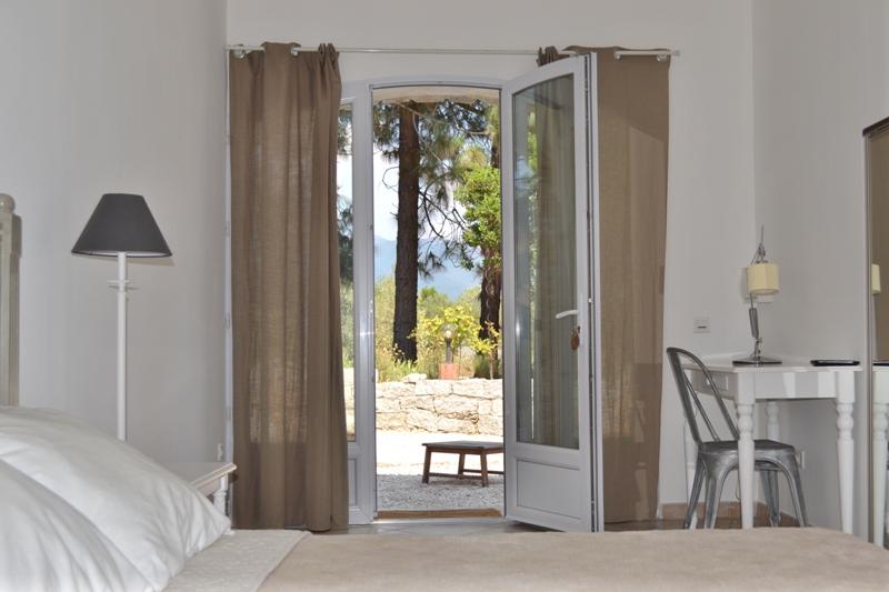Chambres d 39 h tes u ciattinu la for Corse chambre hote